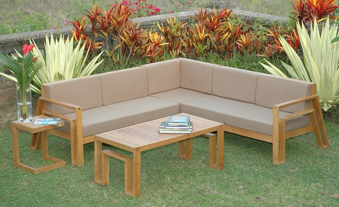 How To Waterproof Wood Furniture For Outdoors Patio Painted