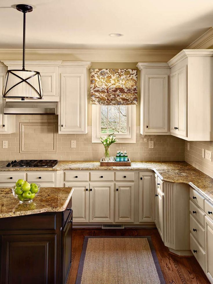 Kitchen Remodels With White Cabinets Small Kitchen ...