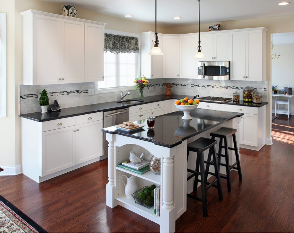 Kitchen Remodels With White Cabinets and Granite Countertops