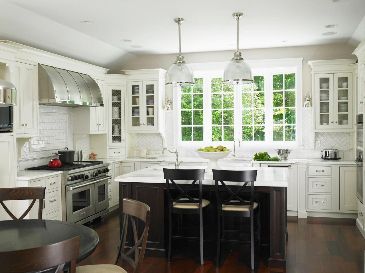 Kitchen remodels with white cabinets pictures roy home for Dark wood kitchen ideas