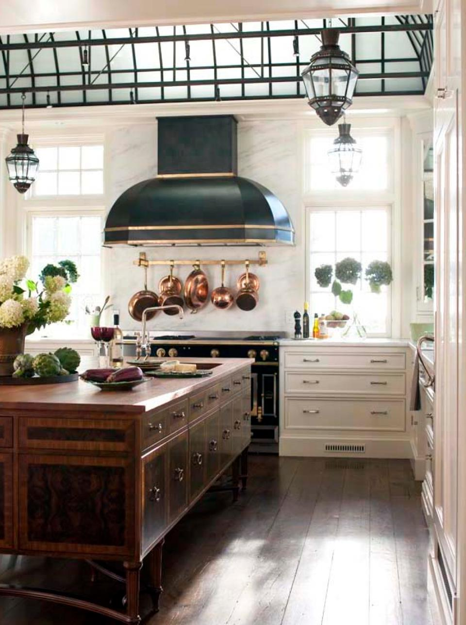 Older Home Kitchen Remodeling Ideas with Wooden Island