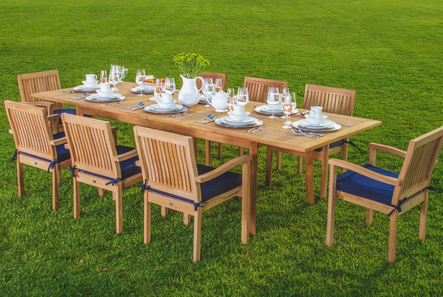 Smith Hawken Outdoor Furniture Dining Table Set