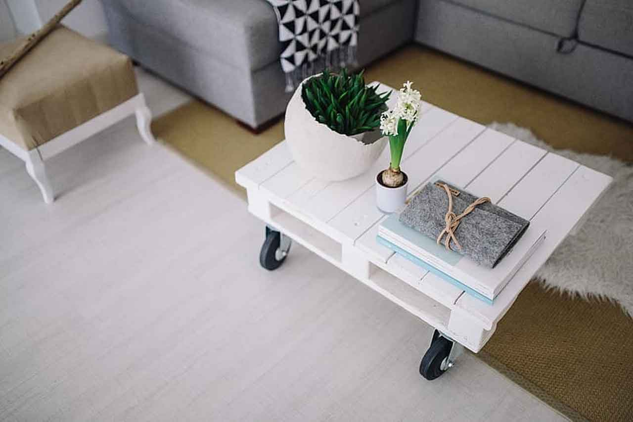 Get to Know the Best Types of Wood to Make Small Wooden Table | Roy Home Design