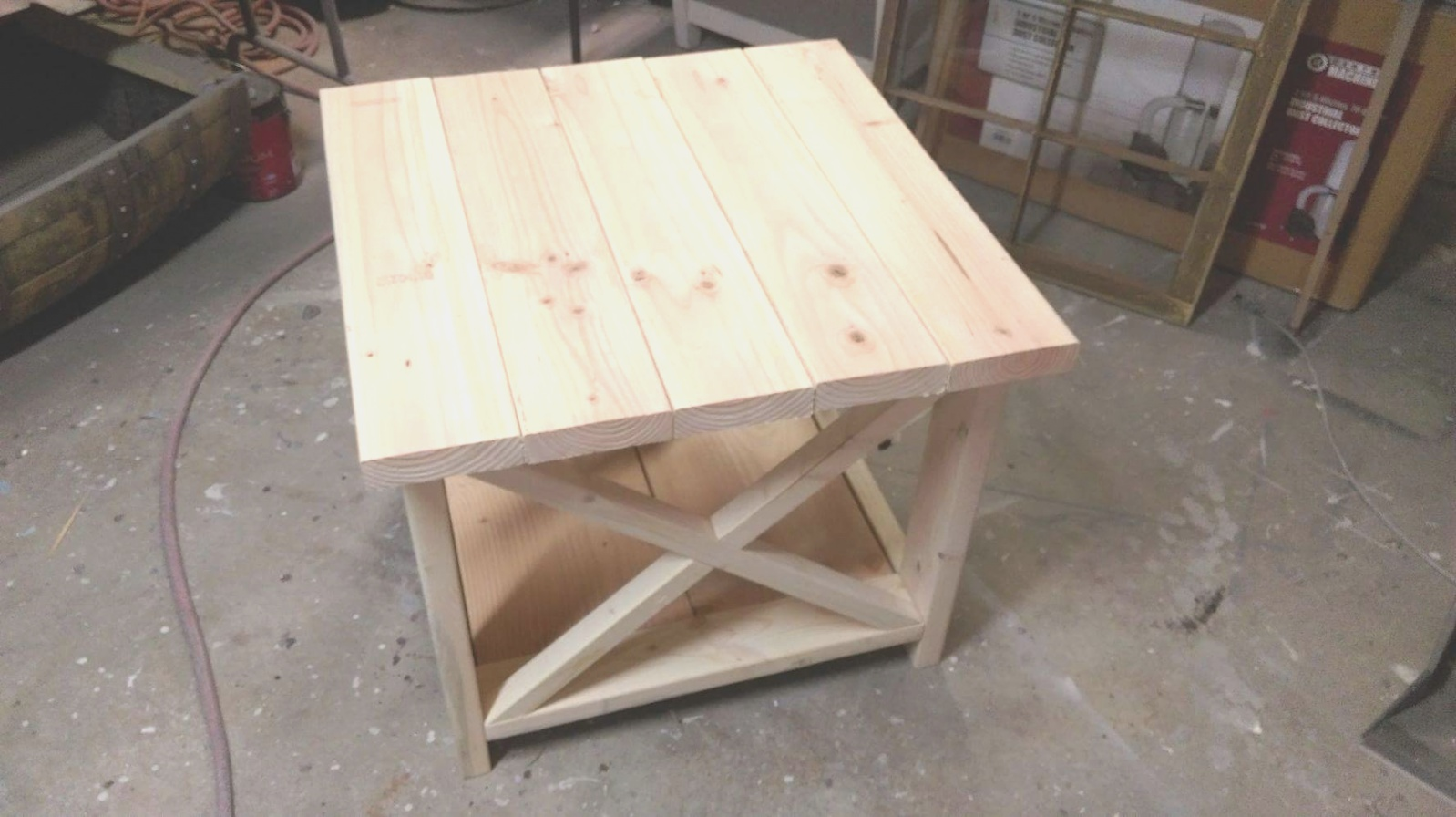 farmhouse end table | Rustic end table - Rustic end tables - Farm House End tables ..