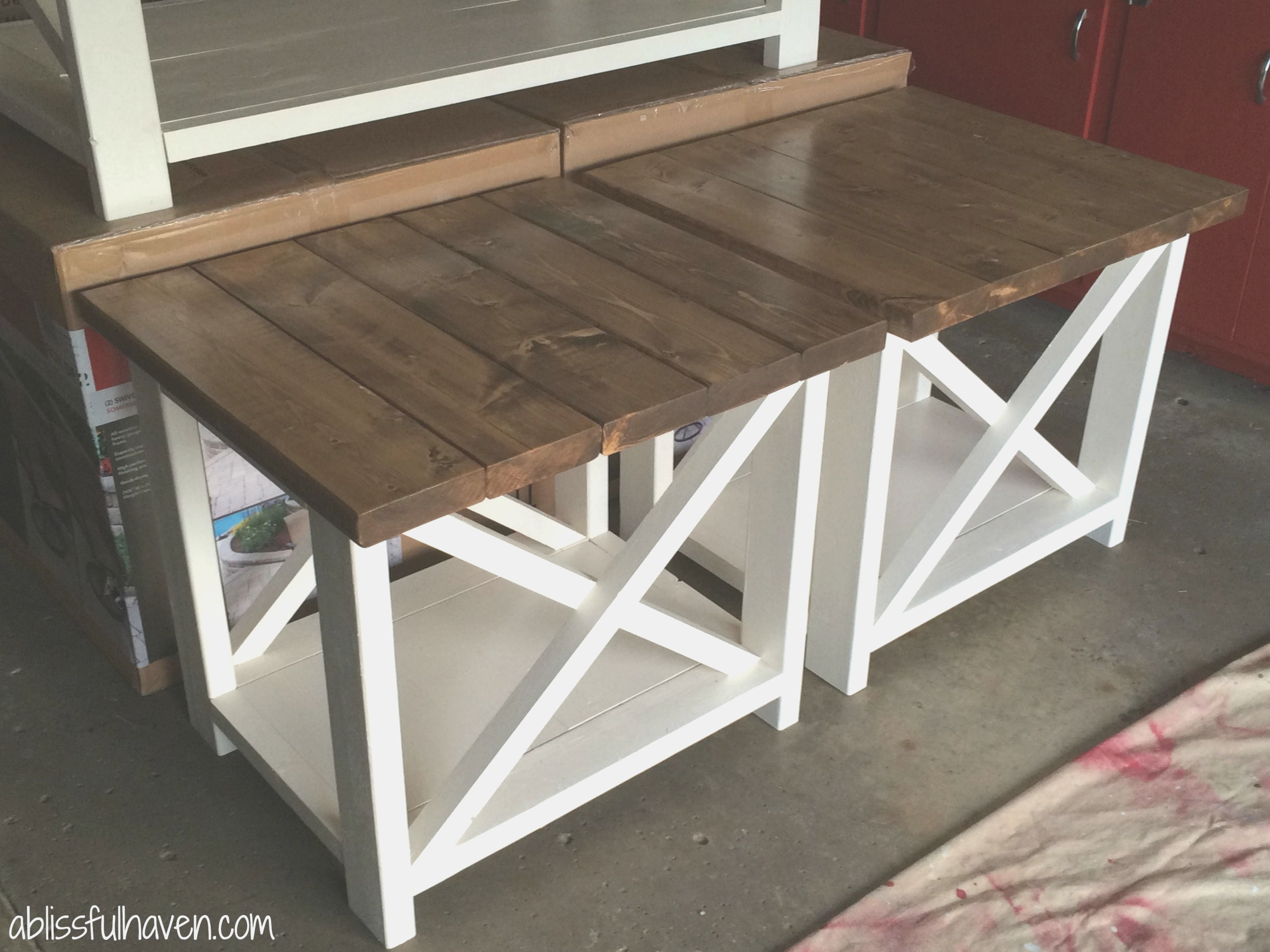 farmhouse end table | Best 25 Diy end tables ideas on Pinterest | Dyi end tables ..