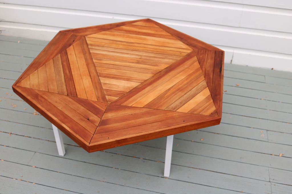 5 Homemade Coffee Table with Cost-Effective and Stylish