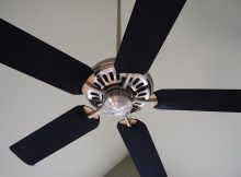 Easy Methods to Clean Ceiling Fan