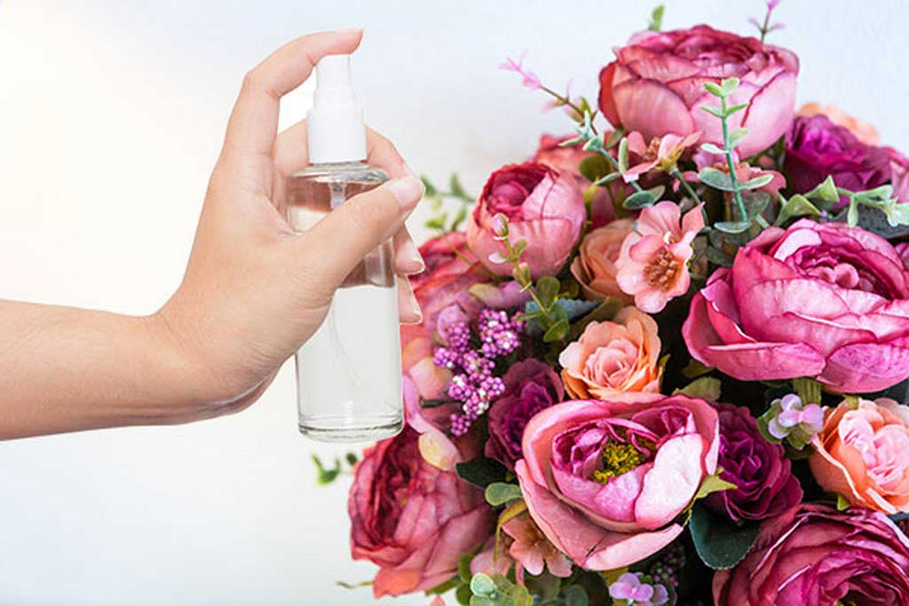 Finding Out the Best Way to Arrange Flowers for Tall Floor Vases